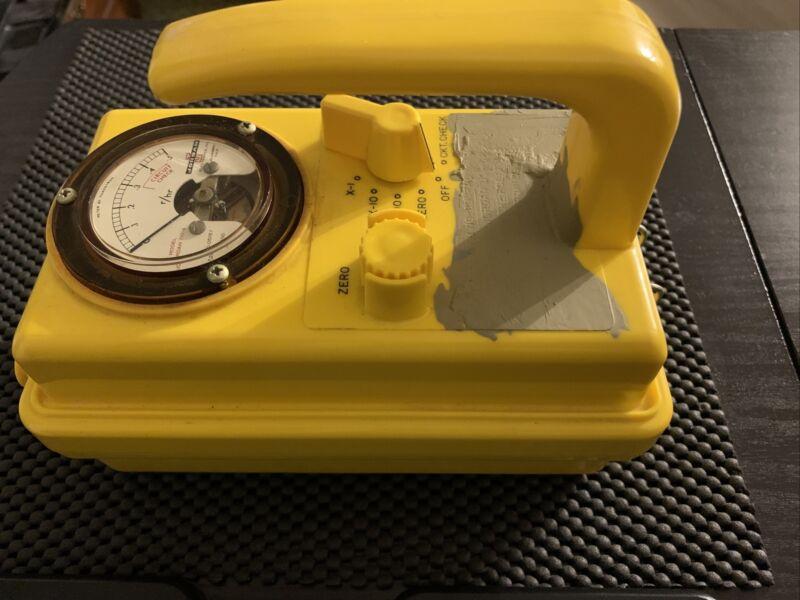 Radiation Detection Survey Meter - Jordan Electronics - CDV-710 Model 4 (Tested)