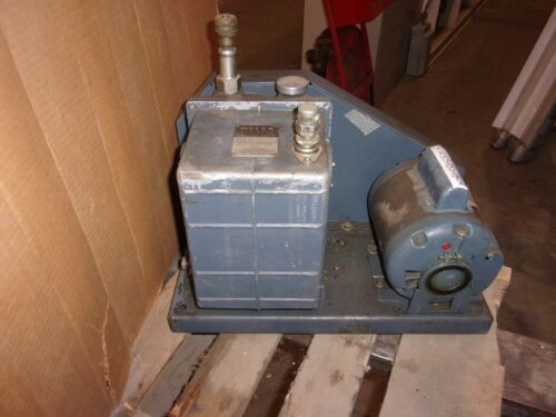 Welch 1402 Duo-seal Vacuum Pump With 1/2 Hp Marathon Motor