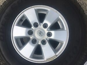 4xGenuine Toyota sr5 alloys with tyres Pottsville Tweed Heads Area Preview