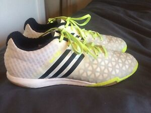 1fe1593a9 Adidas 15.1 indoor soccer shoes-men s size 8 US