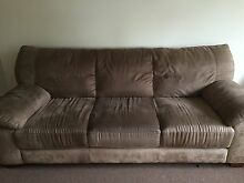 2 PIECES SUEDE LEATHER LOUNGE Prestons Liverpool Area Preview