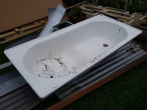 Steel bathtub EUC Coogee Eastern Suburbs Preview