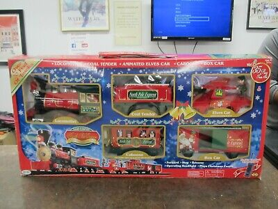 EZTEC North Pole Express Radio Control Christmas Train Set w Tracks in Box 37187
