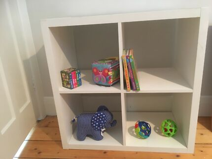 Storage cube shelves perfect for nursery toys included