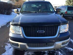 2006 FORD EXPEDITION - 5.4 LITRE V8 (8-SEATER)
