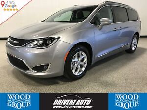 2017 Chrysler Pacifica Touring-L Plus 7 PASSENGER, REAR BLURA...