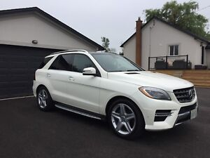 2013 Mercedes ML350 Bluetec - Loaded!