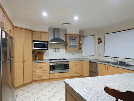 Kitchen renovation and face lifts free quotes
