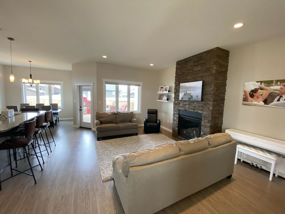 yorkton, saskatchewan gorgeous home for sale
