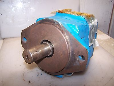New Eaton Vickers Low Noise Hydraulic Vane Pump 25 Gpm 35v25a-1a22r