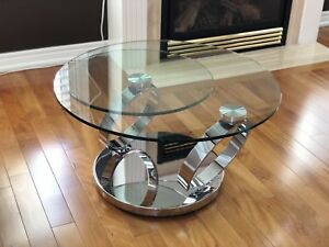 Coffee table and a matching side table