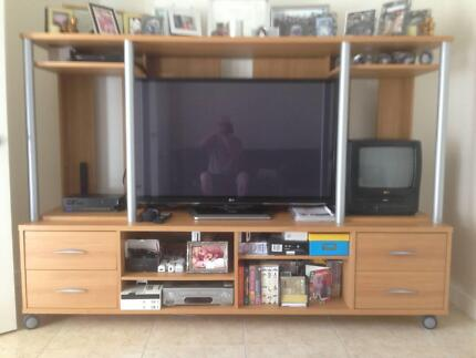 wall units | Cabinets | Gumtree Australia Gold Coast North ...