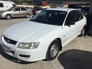 2006 Holden Commodore vz auto v6 Sedan FREE 1 YEAR WARRANTY Silver Sands Mandurah Area Preview