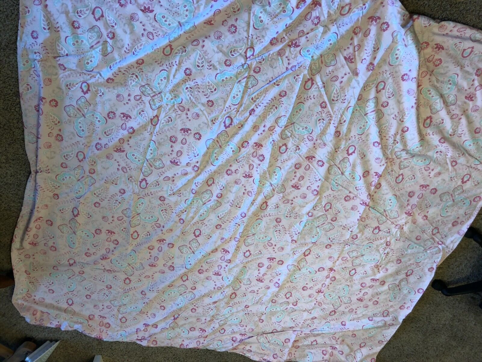 Pottery Barn Kids Duvet Cover Full Queen Pink With Butterfly Pattern And Buttons - $1.00