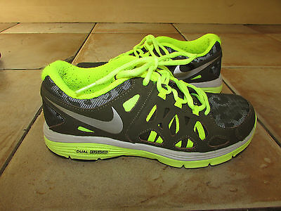7e8aacc84db NIKE DUAL FUSION RUNNING TRAINERS GYM SHOES UK 5 EURO 38 MEN WOMEN BOYS  GIRLS