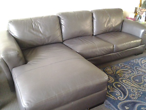Quality Leather Lounge with Chaise Bondi Beach Eastern Suburbs Preview