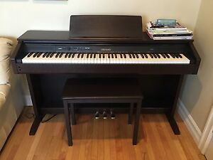 Casio Cleviano Electric Keyboard