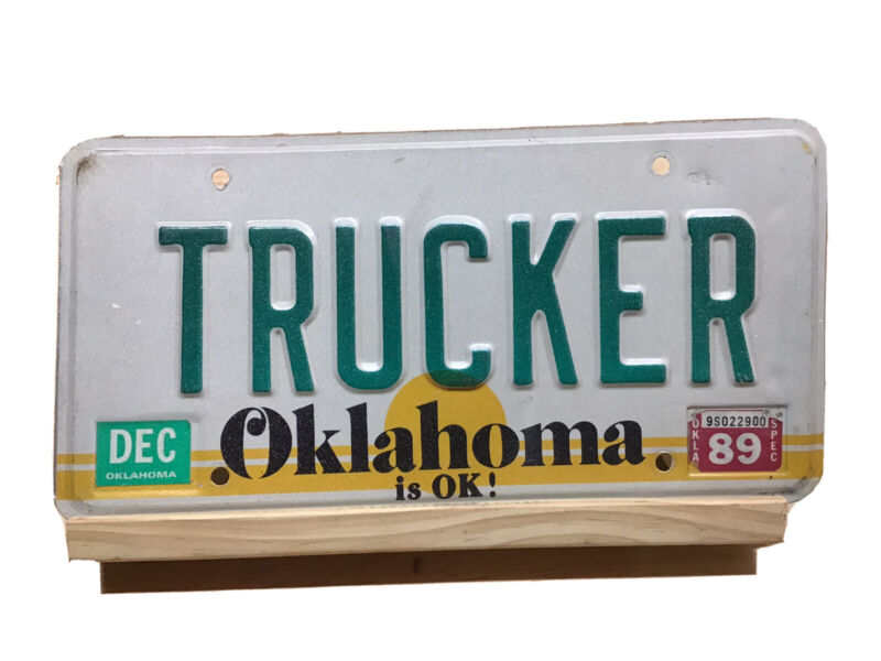1989 OKLAHOMA   TRUCKER Personalized Vanity  License Plate
