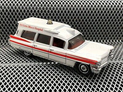 MATCHBOX '63 CADILLAC AMBULANCE WHITE & RED--LOOSE--NM