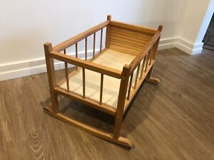 Vintage timber rocking dolls bed in immaculate condition 52cm x 32cm