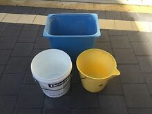 Free! 2x Buckets & tub! Claremont Nedlands Area Preview