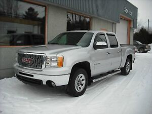 GMC Sierra 1500 4 roues motrices, cabine multiplaces, ?dition Ne
