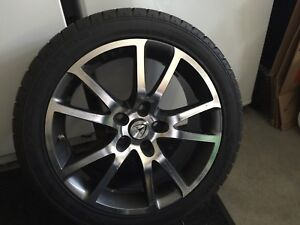 Tesla Roadster Winter tire set with rims