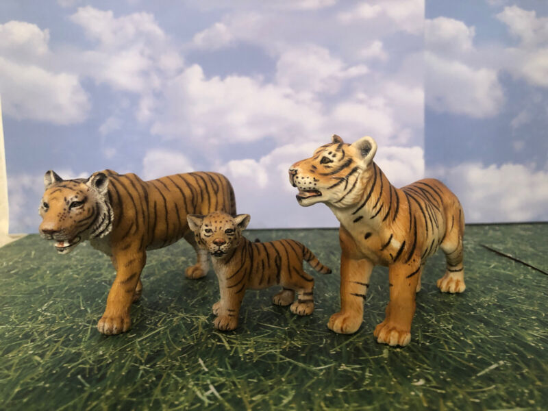 Schleich Bengal Tiger Family (3)