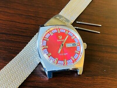Vintage Rado Voyager Automatic Swiss Watch Red Dial Stainless Steel Date/Day