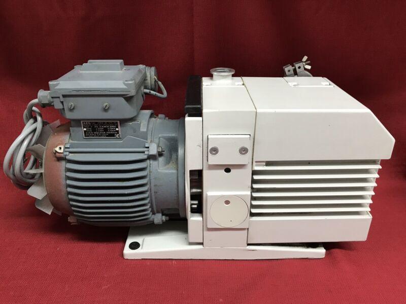 Leybold S25B Trivac Direct Valve Rotary Vane Vacuum Pump w/ AEG Motor