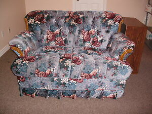 $175 3-Piece Sofa, loveseat, upholstered chair