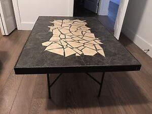 Table de salon en céramique