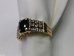Sapphire 18 Diamonds 18 Carat Gold Ladies Ring