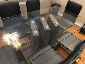 Tempered glass dining table and 6 chairs, Leon's