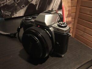 750$ OBO Olympus OMD EM10 Mark 1 and Panasonic Lumix 20mm Lens