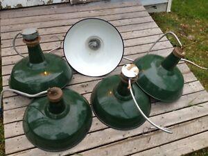 Lampe industrielle antique