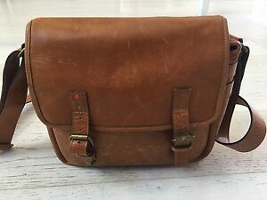 Ona Berlin II Leica Bag Ascot Vale Moonee Valley Preview