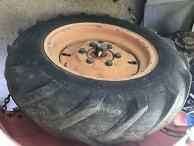 Kubota B5100 B6100 B7100 B5200 B6200 B7200 Rear Rims And Heavily Used Tires 7-16