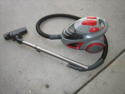 Vacuum cleaner ,,HOOVER''