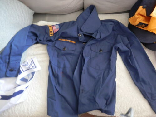 BSA Navy Blue Long Sleeve Cub Scout Official Youth Shirt Size Youth Medium 7/8