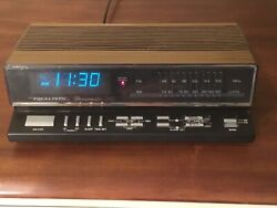 Realistic Chronomatic 260 Digital Alarm Clock Am Fm Model 12-1567  Radio Shack