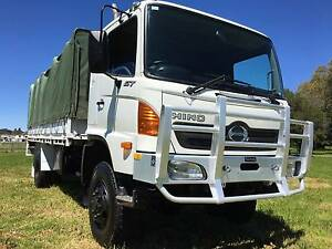 2004 Hino GT 4x4 Traytop/Tabletop Truck.Ex Army,low kms. Inverell Inverell Area Preview