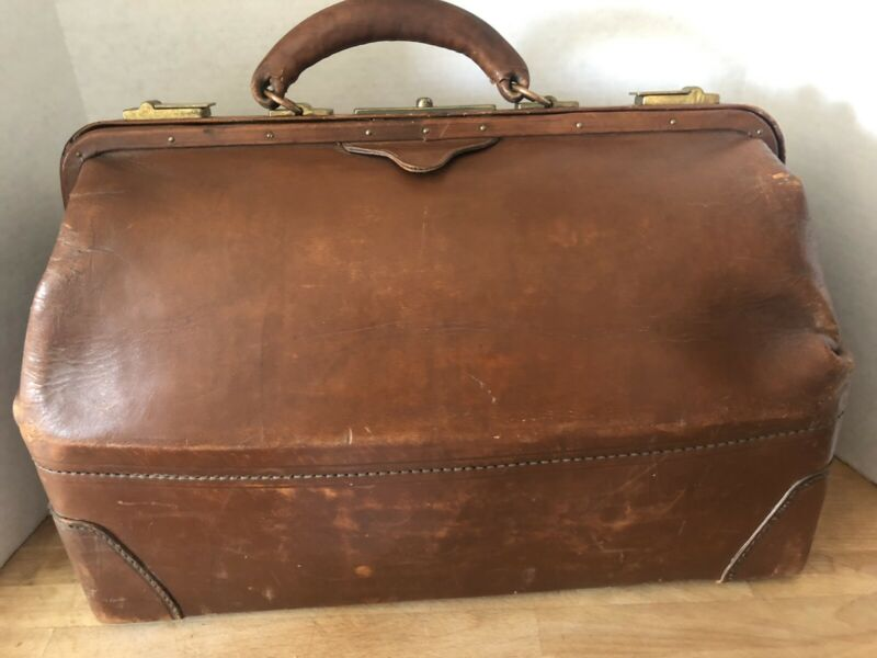 Vintage Antique Brown Leather Gladstone Doctor Large Bag Satchel  18""