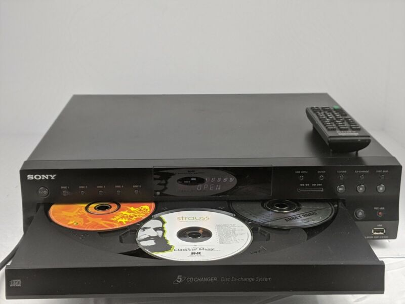Sony CDP-CE500 5 Cd changer.recorder! comes with remote *TESTED and works great!