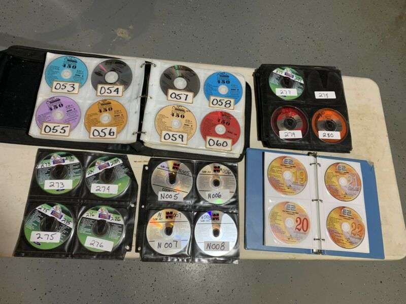 professional Karaoke CD+G, Collection, Lot of over 450 Discs in 3Albums