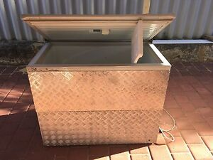 Fisher & Paykel H360 358L Chest Freezer Currambine Joondalup Area Preview