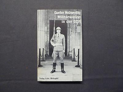Gunter Holzweißig, Militärwesen in der DDR, Holzapfel 1985, NVA