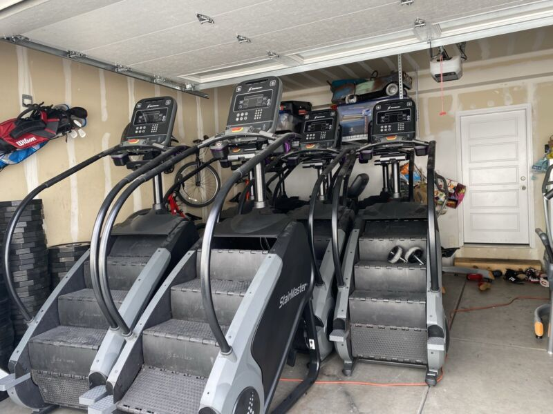 Stairmaster Gauntlet Series 8 Step Mill - Cleaned & Serviced