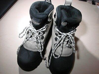 Itasca Nylon Boot (Itasca 643116 Snow Boots Nylon Upper Mid Height Size 7 Womens)