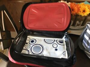 Travelling Casserole Dish with hot/cold pack and carrying bag